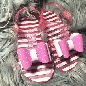 Other - Big bow sandals